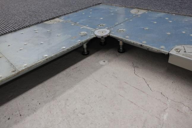 二重床(OAフロア)の写真