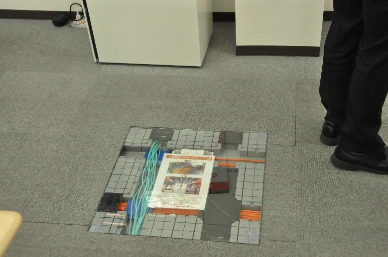 ワクスマでは二重床(OAフロア)を導入しています