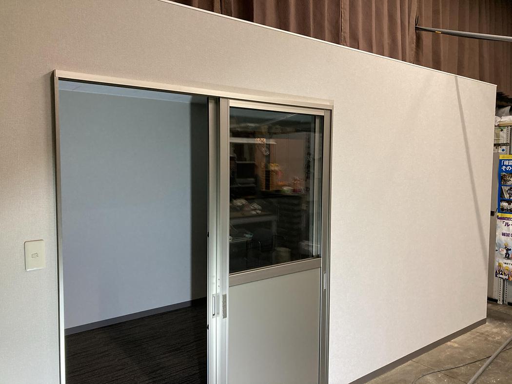 寒さ対策!倉庫内に個室造作しました!
